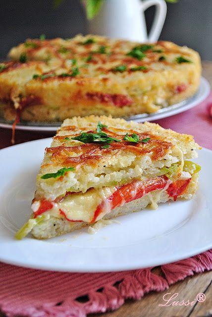 Горячее блюдо - яичный пирог с овощной начинкой. Муж сказал, что вкуснее «Мяса по-французски»