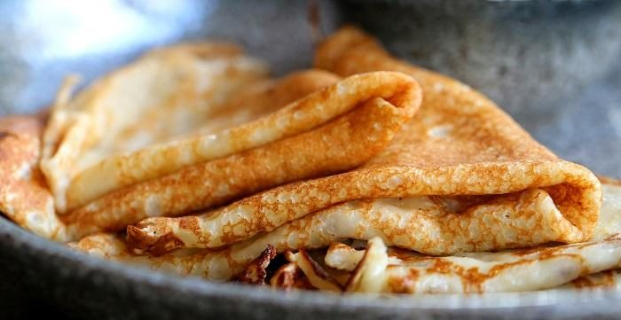 macro-photo-of-delicious-pancakes-with-honey