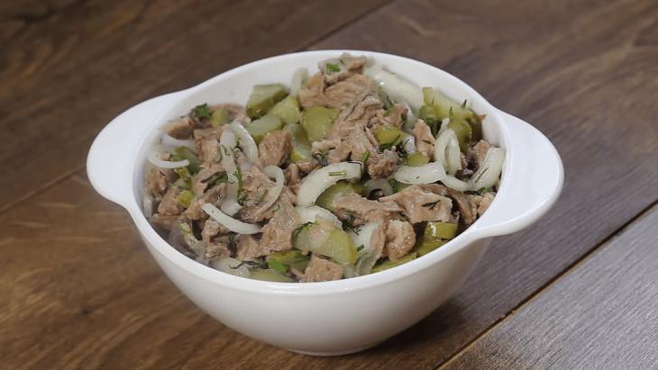 salat-muzhskie-slezy-1-4379553