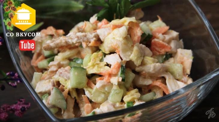 tri-samyh-vkusnyh-salata-s-suharikami-zapomnite-recepty-prigodyatsya-1-1187473