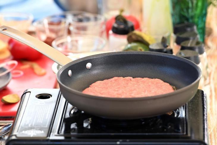 zozh-burger-prosto-zamenite-bulochku-na-salat-6-8204729